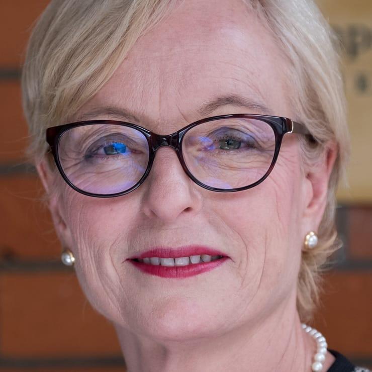 Head Pamela Edmonds